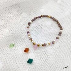 detalle en fondo blanco de los colores que se pueden combinar del cristal central, piezas únicas